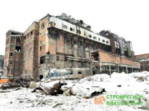 Аварийное здание под демонтаж