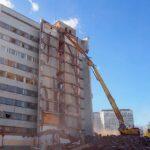 Как происходит современный демонтаж высотных зданий?